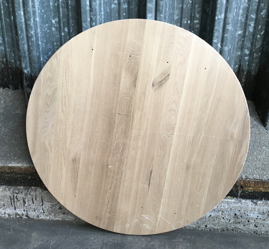 30mm Character Oak Round Top